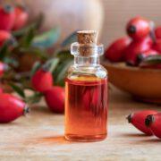 Aceite de Rosas y Sus Increíbles Beneficios de Belleza
